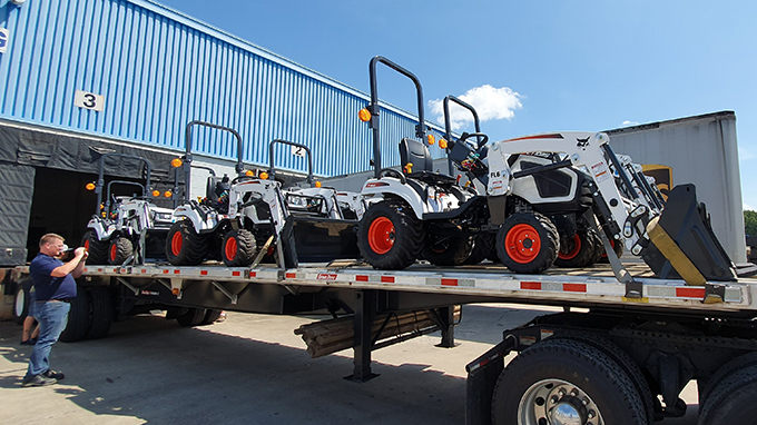[보도자료]두산밥캣, 북미에 콤팩트 트랙터 출시… 농기계 시장 공략 본격 시동